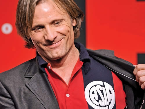 Viggo Mortensen, posible General Zod en Superman