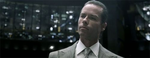 Guy-Pearce_Peter-Weyland_Prometheus
