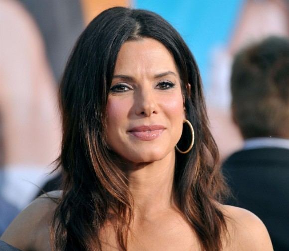 Sandra Bullock regresa como una agente del FBI