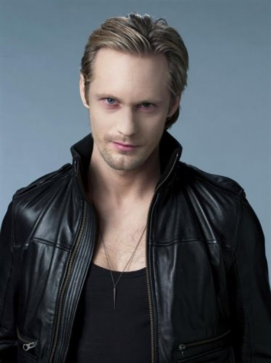 Nuevo cambio, Alexander Skarsgard protagonizara El Cuervo