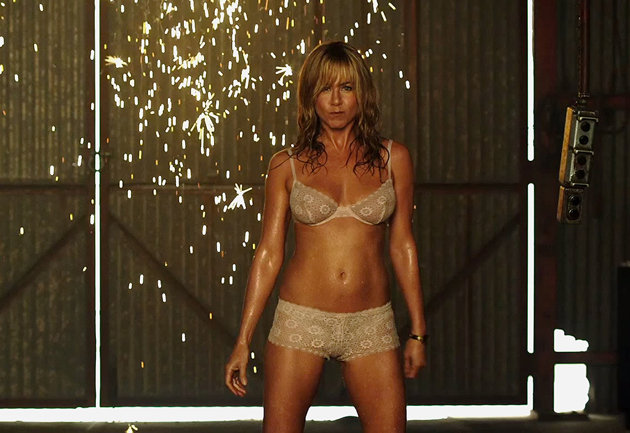 El modesto momento de Jennifer Aniston… como stripper