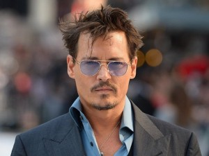 Johnny Depp mantuvo ocupado a los censuradores