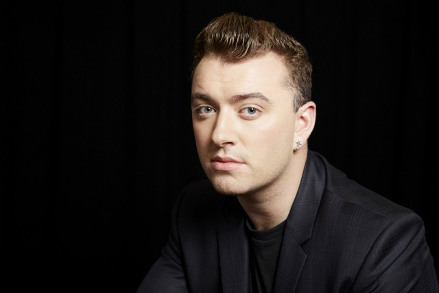 El cantante Sam Smith confirmó su participación en James Bond